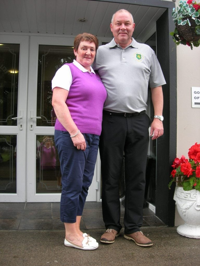 Ladies Prize Winner Linda Armstrong, with husband Captain Andy